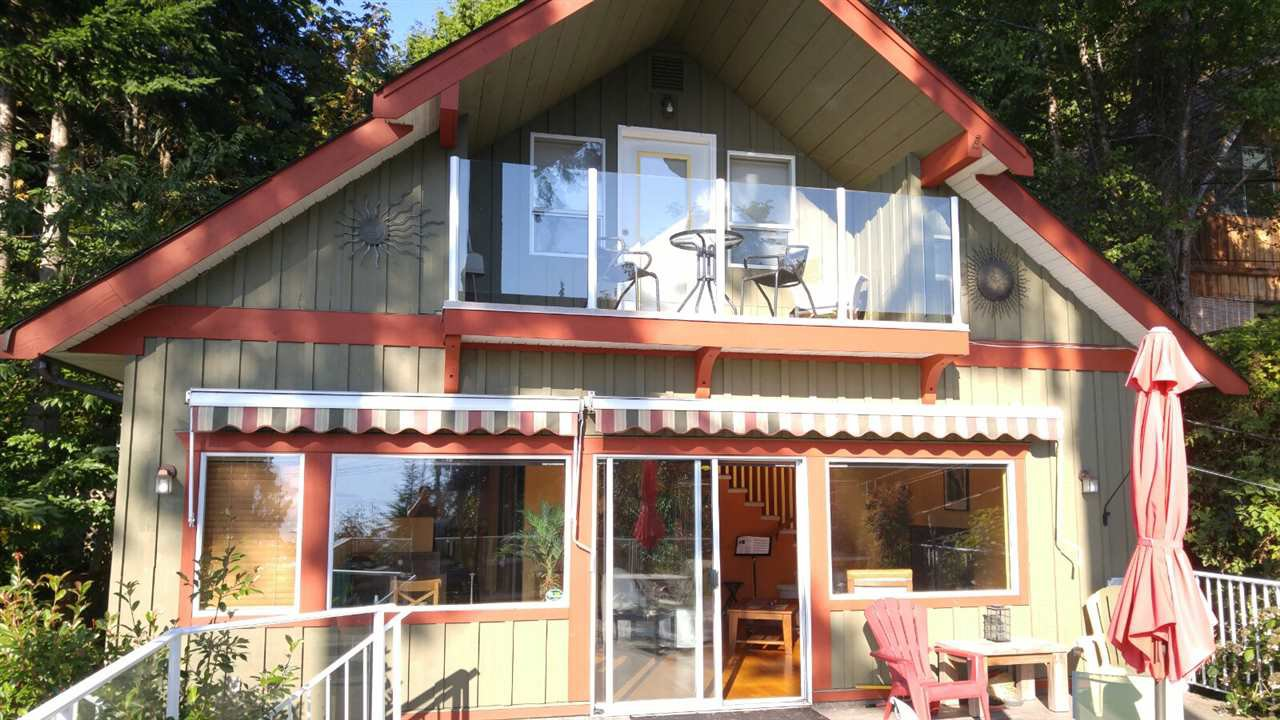 Main Photo: 1149 MARINE Drive in Gibsons: Gibsons & Area House for sale (Sunshine Coast)  : MLS®# R2301763