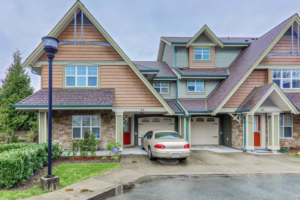 "Main Photo: 44 22977 116 Avenue in Maple Ridge: East Central Townhouse for sale in ""THE DUET"" : MLS®# R2357455"