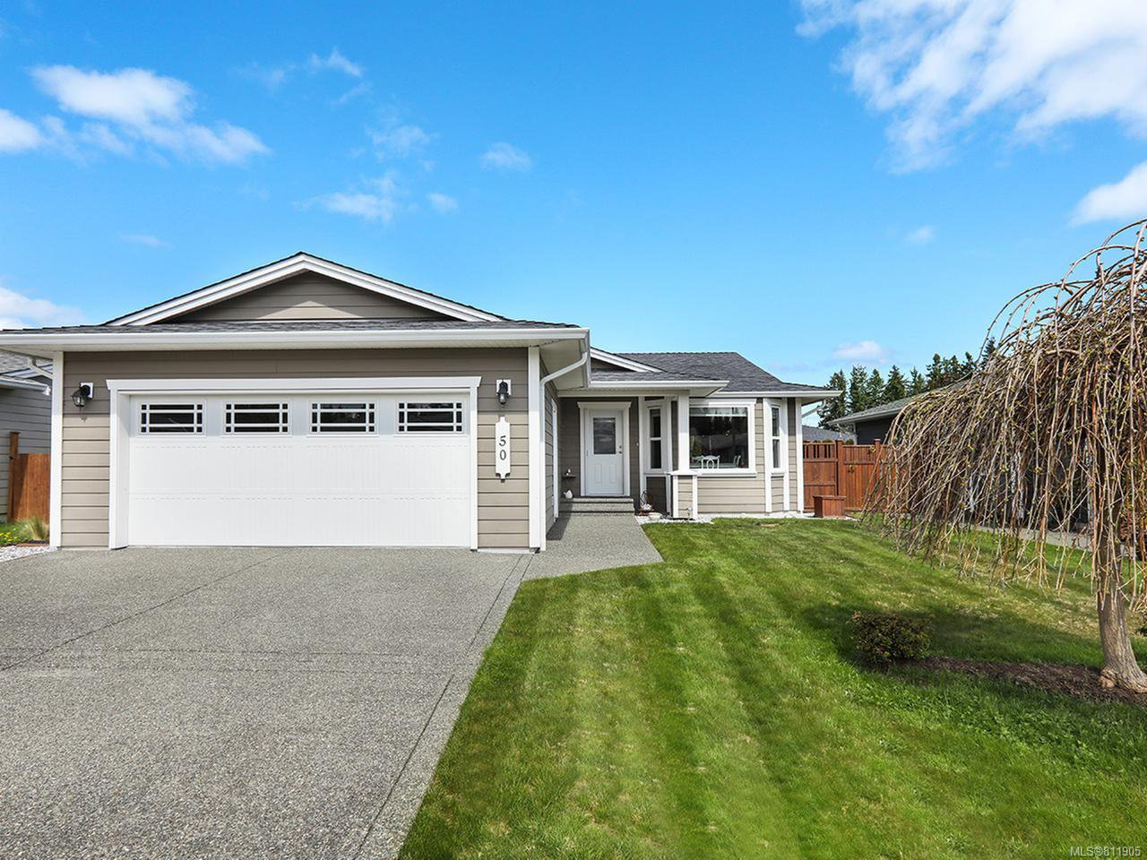 Main Photo: 50 Carolina Dr in CAMPBELL RIVER: CR Willow Point House for sale (Campbell River)  : MLS®# 811905