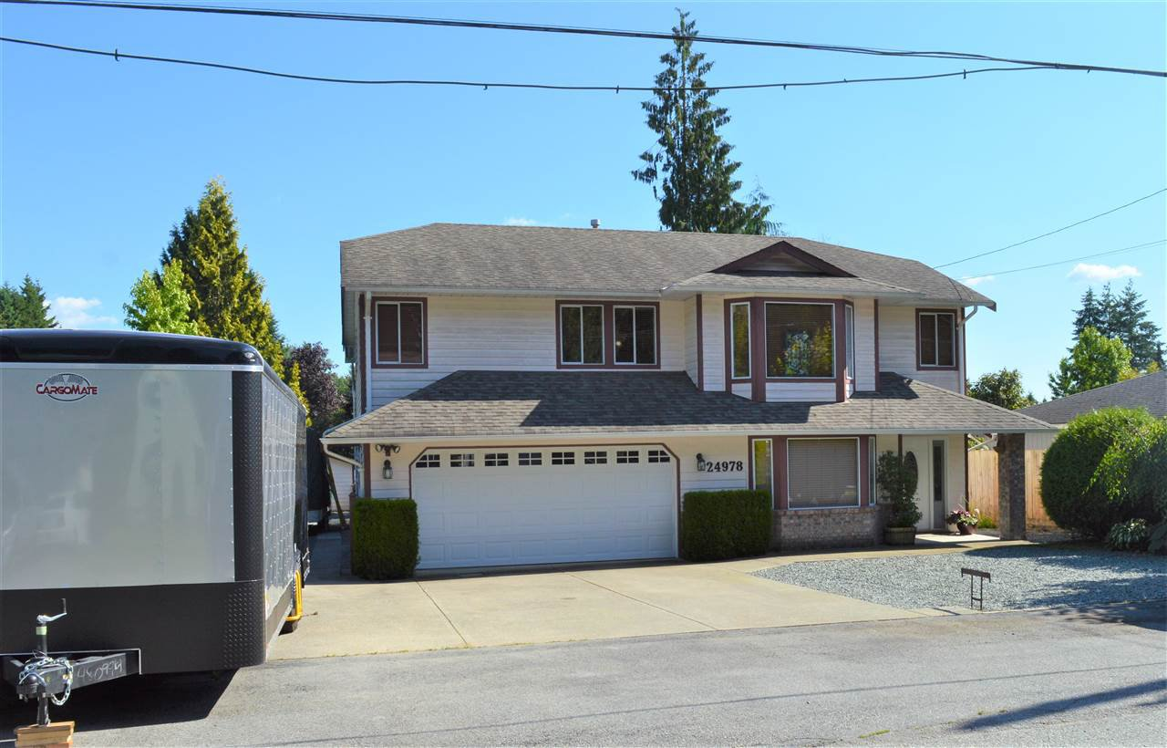Main Photo: 24978 121 Avenue in Maple Ridge: Websters Corners House for sale : MLS®# R2476269