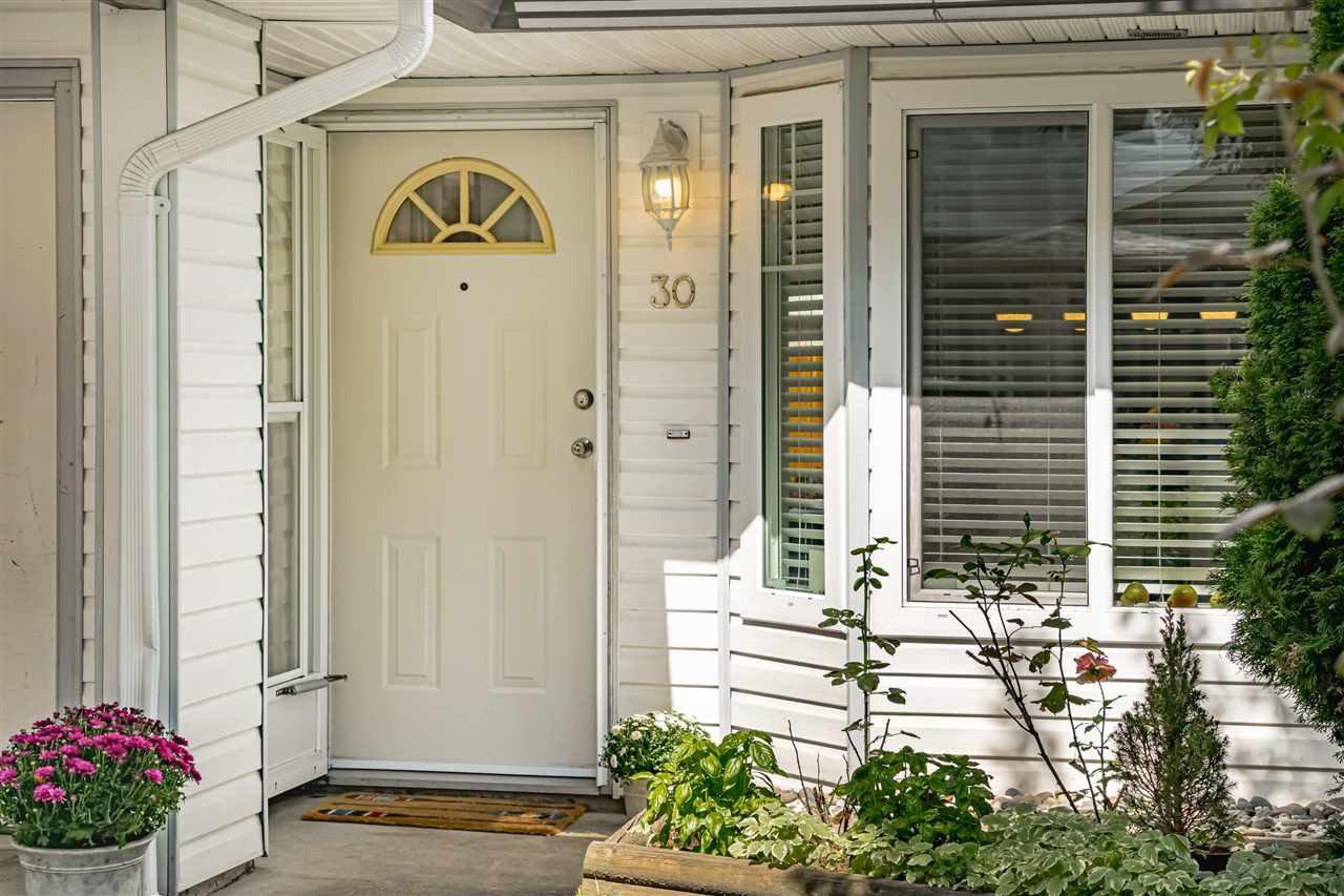 "Main Photo: 30 11757 207 Street in Maple Ridge: Southwest Maple Ridge Townhouse for sale in ""HIDDEN CREEK ESTATES"" : MLS®# R2494933"