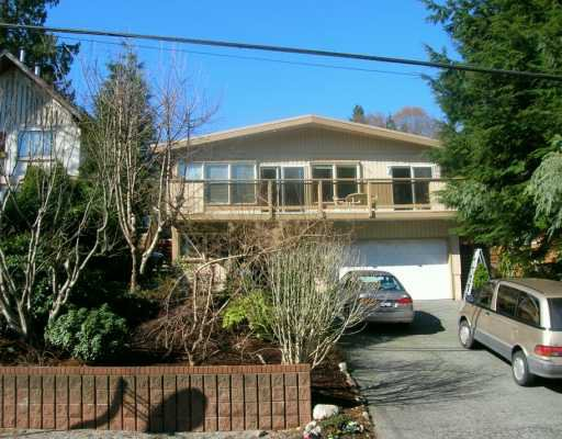 "Main Photo: 1033 BANBURY RD in North Vancouver: Deep Cove House for sale in ""DEEP COVE"" : MLS®# V579740"