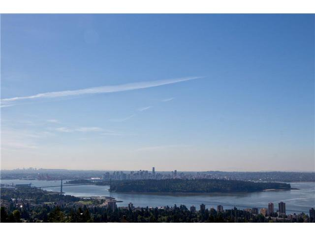 Main Photo: # 24 2242 FOLKESTONE WY in West Vancouver: Panorama Village Condo for sale : MLS®# V1011941