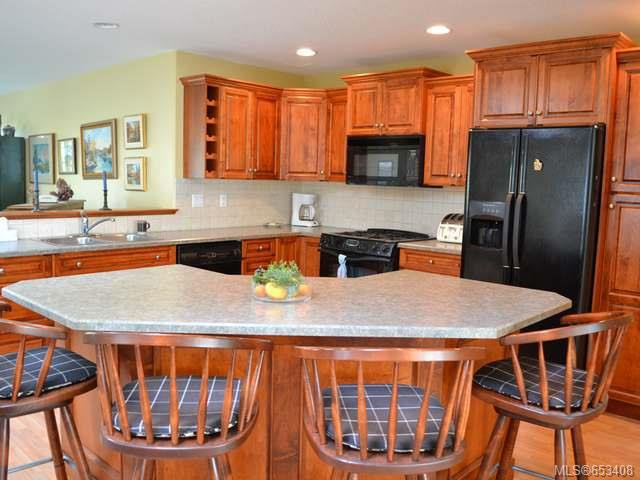 Main Photo: 799 Mulholland Dr in FRENCH CREEK: PQ French Creek House for sale (Parksville/Qualicum)  : MLS®# 653408