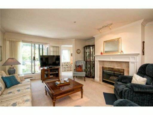 """Main Photo: 201 1144 STRATHAVEN Drive in North Vancouver: Northlands Condo for sale in """"STRATHAVEN"""" : MLS®# V1085192"""