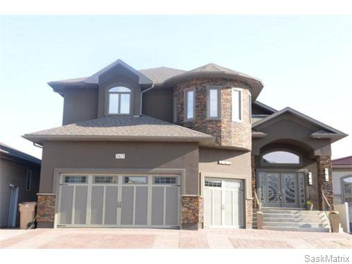 Main Photo: 2423 LINNER Bay in Regina: Windsor Park Single Family Dwelling for sale (Regina Area 04)  : MLS®# 541095