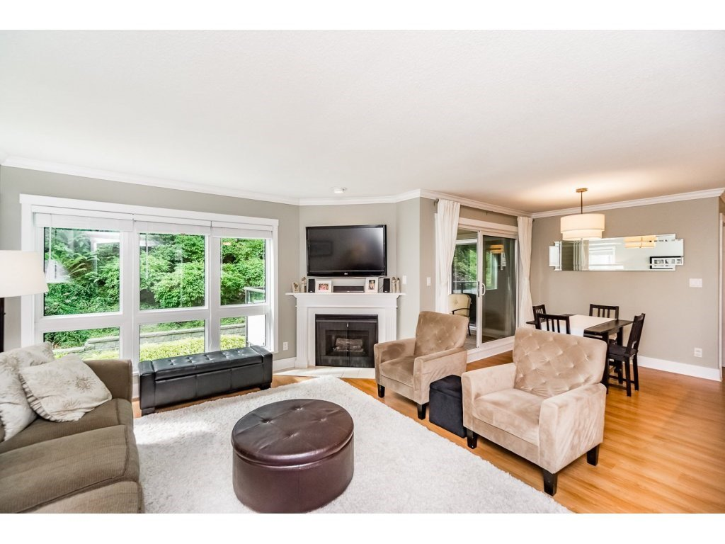 """Photo 5: Photos: 203 3970 LINWOOD Street in Burnaby: Burnaby Hospital Condo for sale in """"CASCADE VILLAGE-THE PALISADES"""" (Burnaby South)  : MLS®# R2092917"""