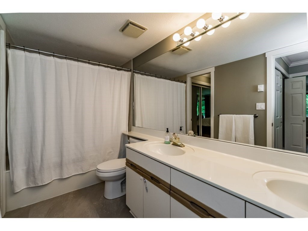 """Photo 13: Photos: 203 3970 LINWOOD Street in Burnaby: Burnaby Hospital Condo for sale in """"CASCADE VILLAGE-THE PALISADES"""" (Burnaby South)  : MLS®# R2092917"""