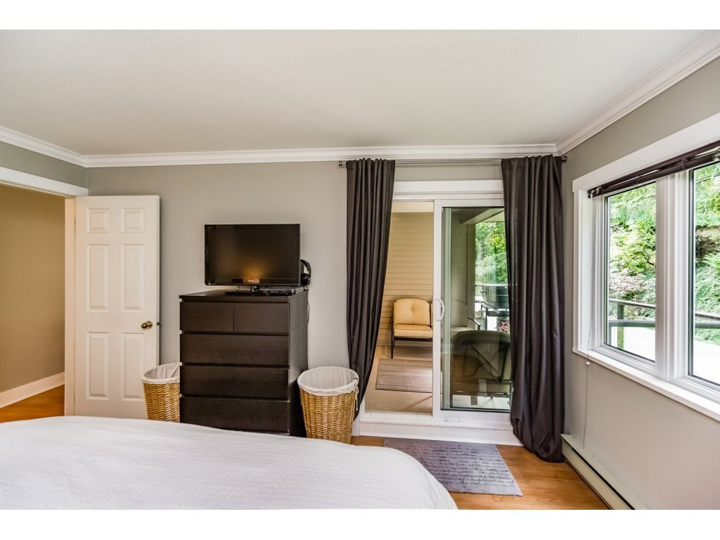 """Photo 12: Photos: 203 3970 LINWOOD Street in Burnaby: Burnaby Hospital Condo for sale in """"CASCADE VILLAGE-THE PALISADES"""" (Burnaby South)  : MLS®# R2092917"""