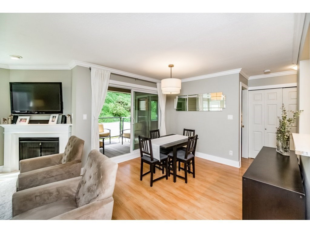 """Photo 6: Photos: 203 3970 LINWOOD Street in Burnaby: Burnaby Hospital Condo for sale in """"CASCADE VILLAGE-THE PALISADES"""" (Burnaby South)  : MLS®# R2092917"""