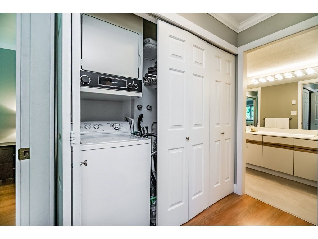 """Photo 15: Photos: 203 3970 LINWOOD Street in Burnaby: Burnaby Hospital Condo for sale in """"CASCADE VILLAGE-THE PALISADES"""" (Burnaby South)  : MLS®# R2092917"""