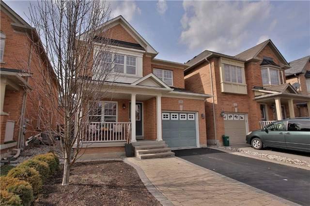 Main Photo: 143 Mccready Drive in Milton: Scott House (2-Storey) for sale : MLS®# W3757057