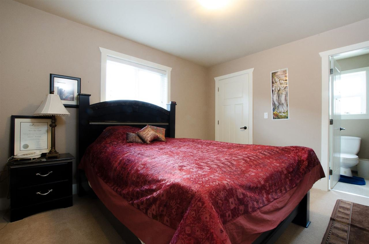 Photo 16: Photos: 6228 148 Street in Surrey: Sullivan Station House for sale : MLS®# R2158398