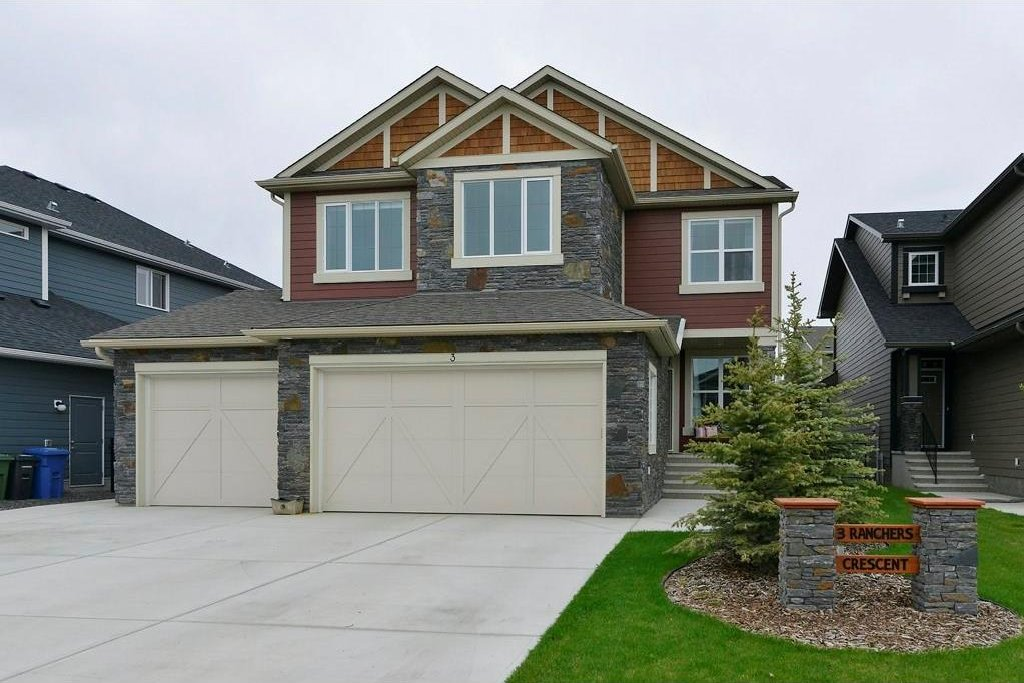 Main Photo: 3 RANCHERS Crescent: Okotoks House for sale : MLS®# C4117172