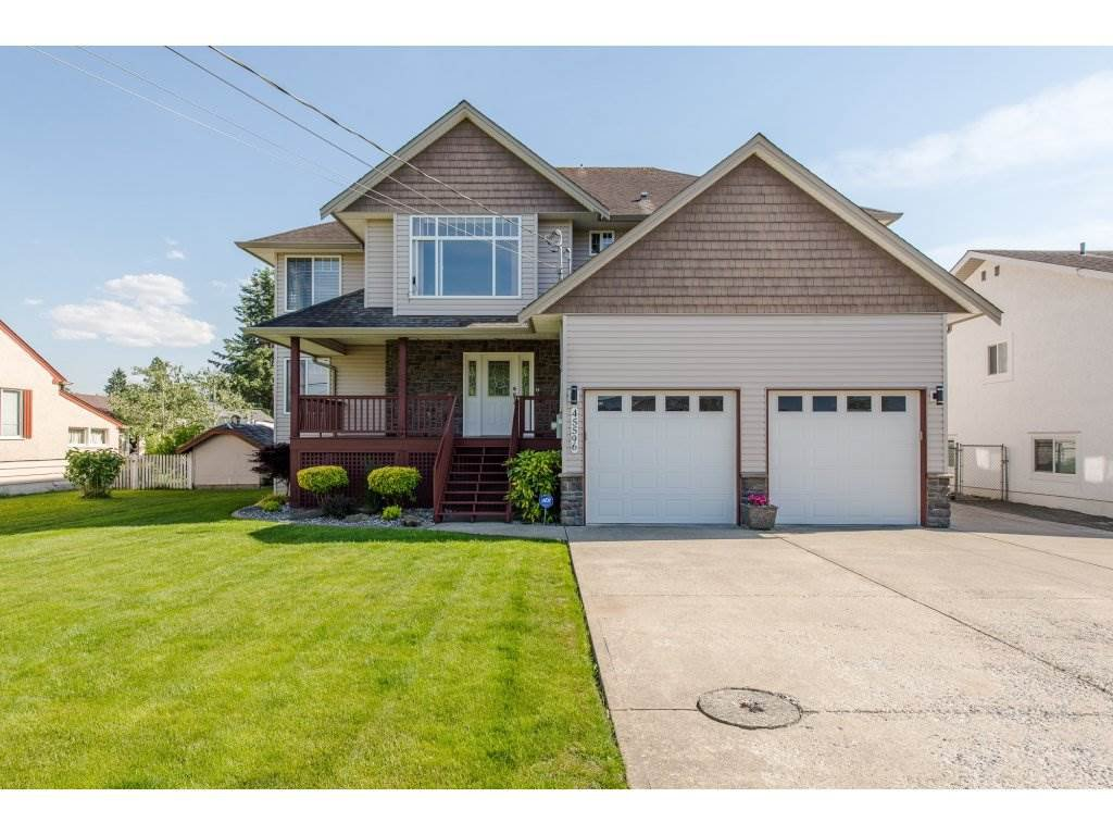 Main Photo: 45596 REECE Avenue in Chilliwack: Chilliwack N Yale-Well House for sale : MLS®# R2170615