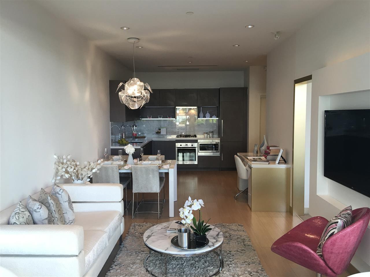 Main Photo: 3715 13696 100 AVENUE in Surrey: Whalley Condo for sale (North Surrey)  : MLS®# R2204398