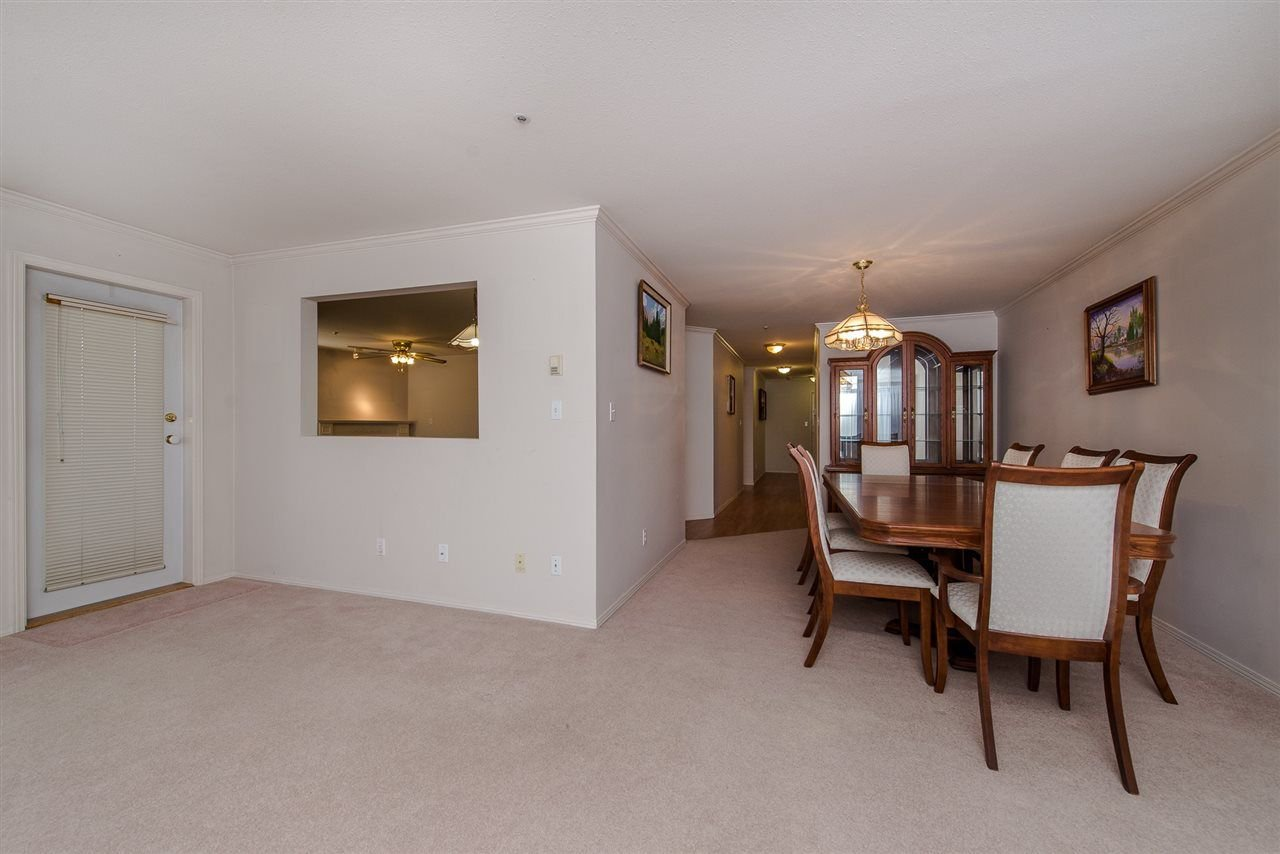 """Photo 7: Photos: 117 2626 COUNTESS Street in Abbotsford: Abbotsford West Condo for sale in """"The Wedgewood"""" : MLS®# R2218687"""