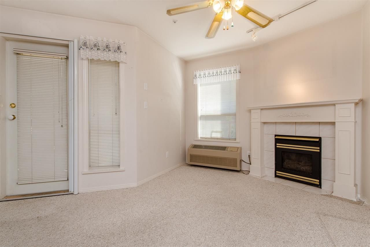 """Photo 13: Photos: 117 2626 COUNTESS Street in Abbotsford: Abbotsford West Condo for sale in """"The Wedgewood"""" : MLS®# R2218687"""