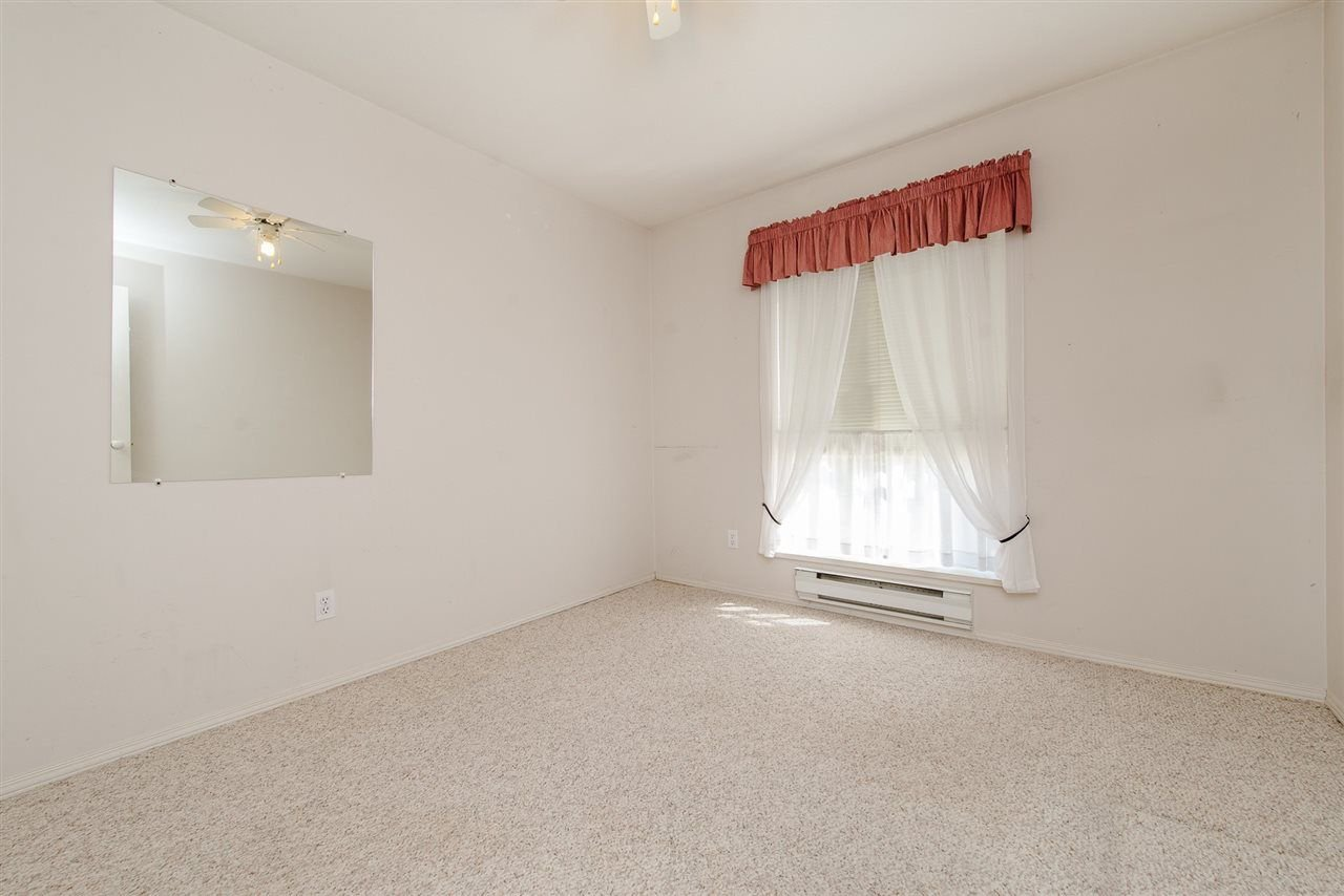 """Photo 10: Photos: 117 2626 COUNTESS Street in Abbotsford: Abbotsford West Condo for sale in """"The Wedgewood"""" : MLS®# R2218687"""