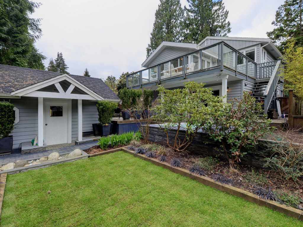 Photo 20: Photos: 1942 BANBURY Road in North Vancouver: Deep Cove House for sale : MLS®# R2264500