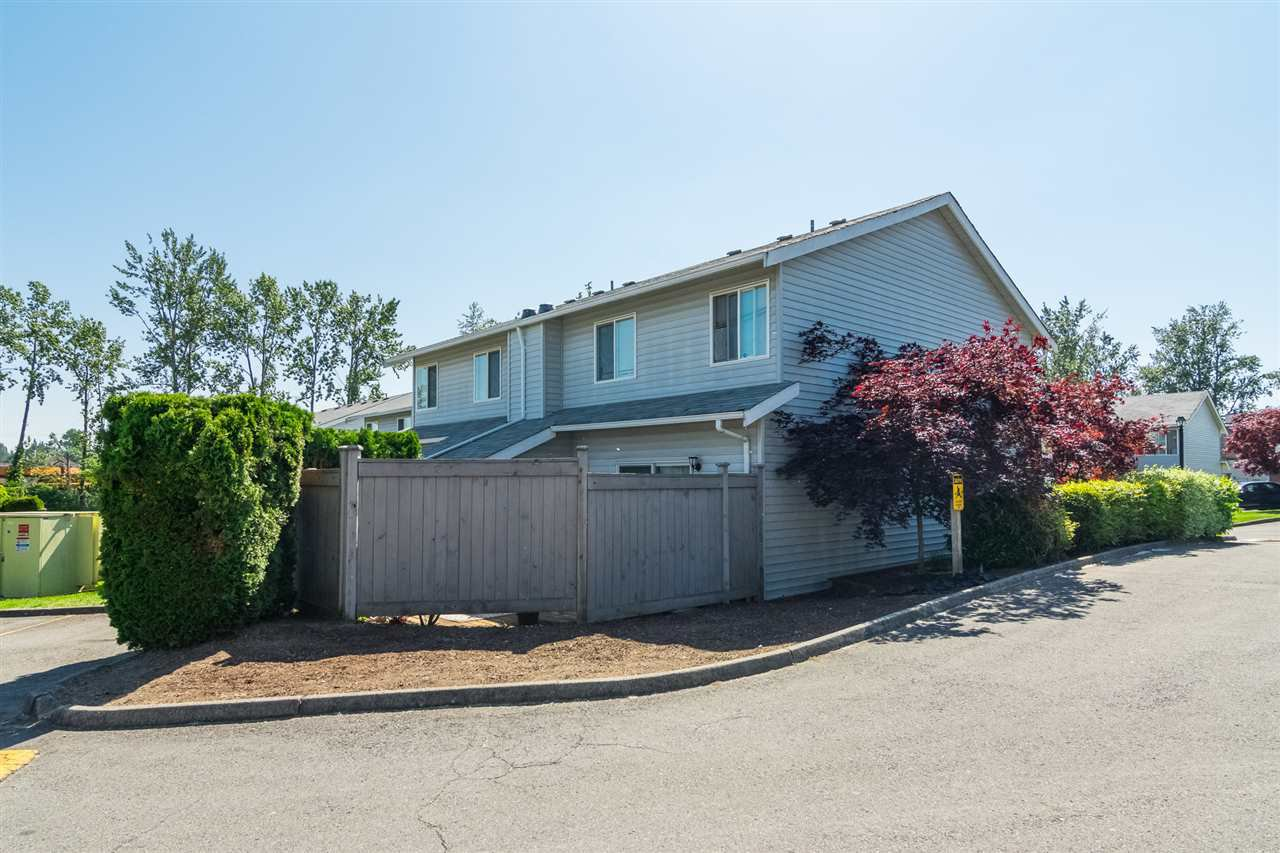 """Photo 20: Photos: 20 26970 32 Avenue in Langley: Aldergrove Langley Townhouse for sale in """"Parkside Village"""" : MLS®# R2273111"""