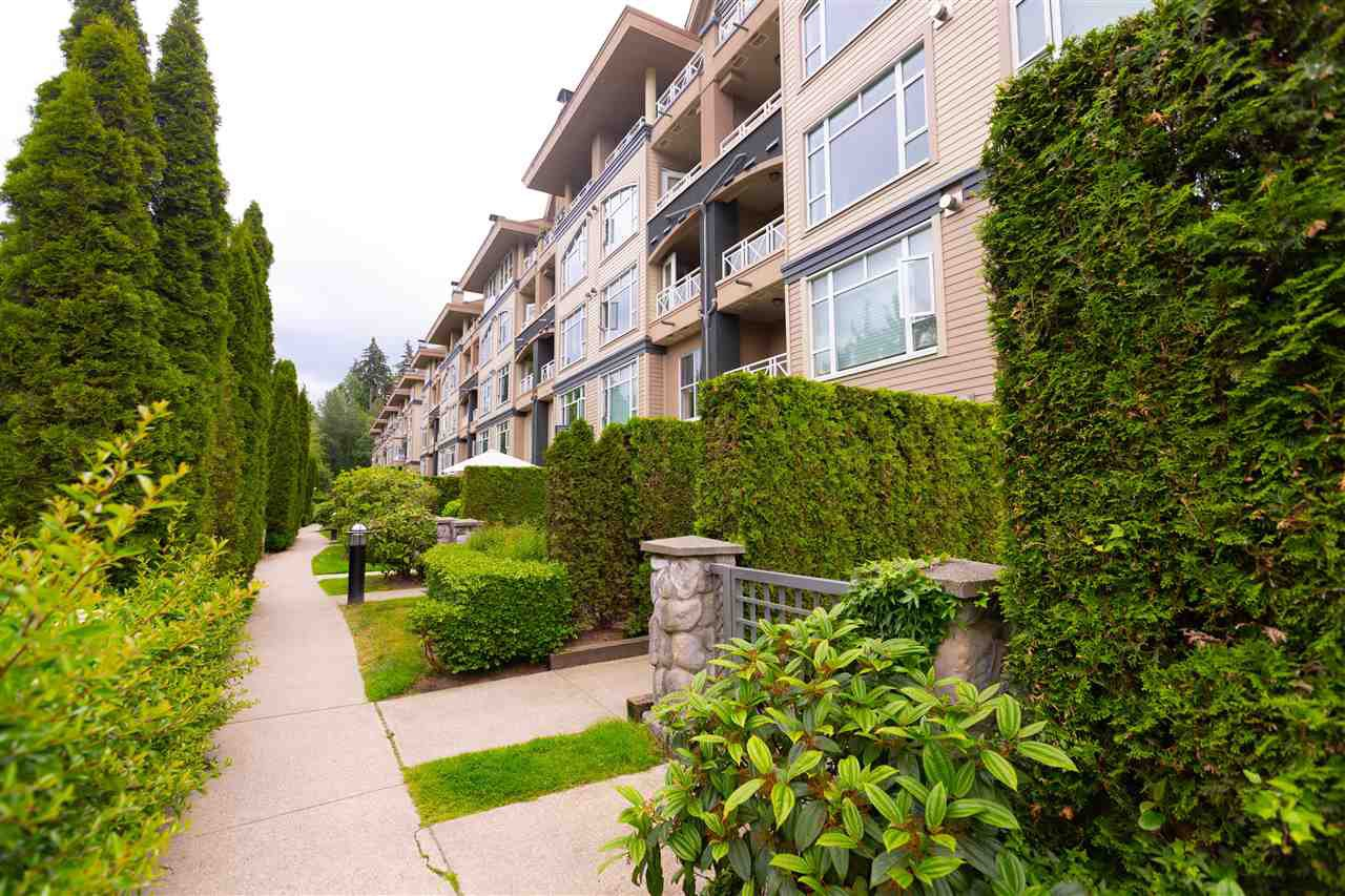 "Photo 3: Photos: 203 3600 WINDCREST Drive in North Vancouver: Roche Point Condo for sale in ""WINDSONG AT RAVENWOODS"" : MLS®# R2277317"