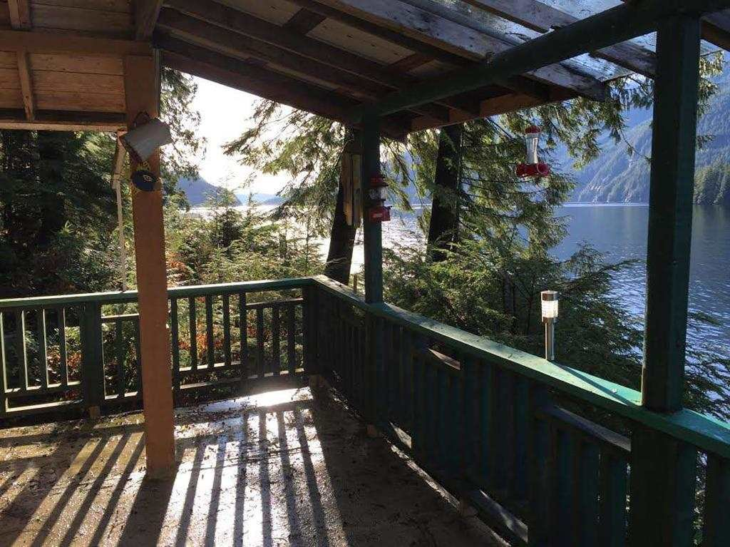 """Photo 16: Photos: 15 E OF CROKER ISLAND in North Vancouver: Indian Arm House for sale in """"HELGA BAY"""" : MLS®# R2280683"""