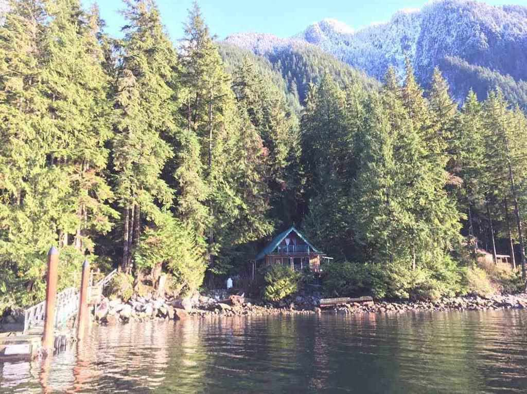 """Photo 18: Photos: 15 E OF CROKER ISLAND in North Vancouver: Indian Arm House for sale in """"HELGA BAY"""" : MLS®# R2280683"""