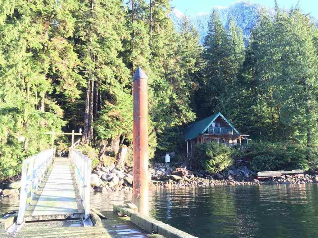 """Photo 17: Photos: 15 E OF CROKER ISLAND in North Vancouver: Indian Arm House for sale in """"HELGA BAY"""" : MLS®# R2280683"""