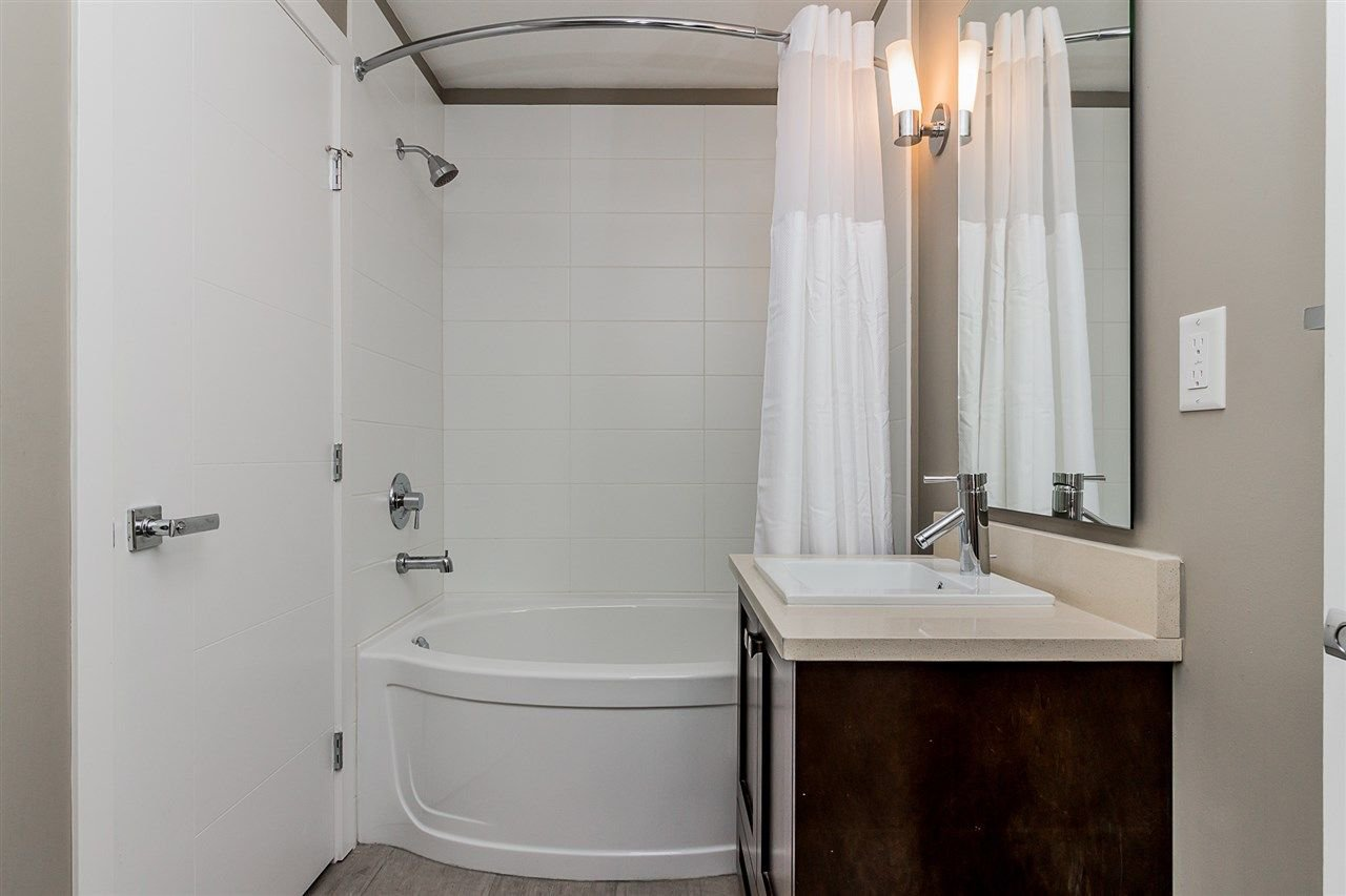"""Photo 16: Photos: 206 2242 WHATCOM Road in Abbotsford: Abbotsford East Condo for sale in """"Waterleaf"""" : MLS®# R2288895"""