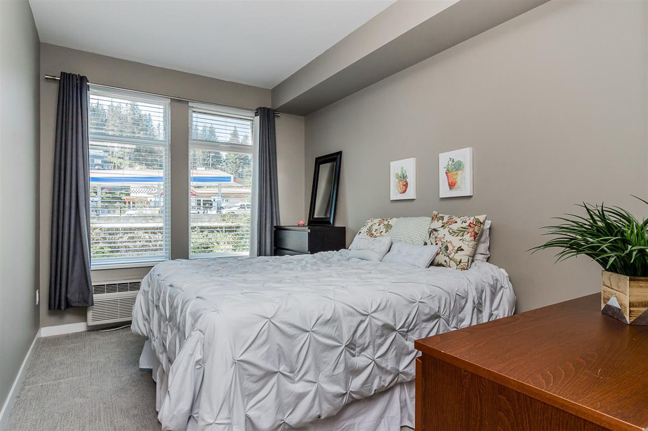 """Photo 11: Photos: 206 2242 WHATCOM Road in Abbotsford: Abbotsford East Condo for sale in """"Waterleaf"""" : MLS®# R2288895"""