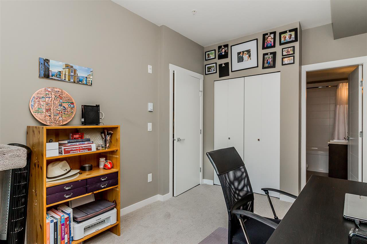 """Photo 15: Photos: 206 2242 WHATCOM Road in Abbotsford: Abbotsford East Condo for sale in """"Waterleaf"""" : MLS®# R2288895"""