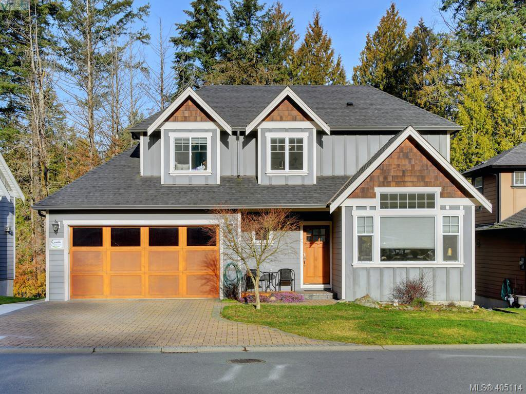 Main Photo: 766 Hanbury Place in VICTORIA: Hi Bear Mountain Single Family Detached for sale (Highlands)  : MLS®# 405114