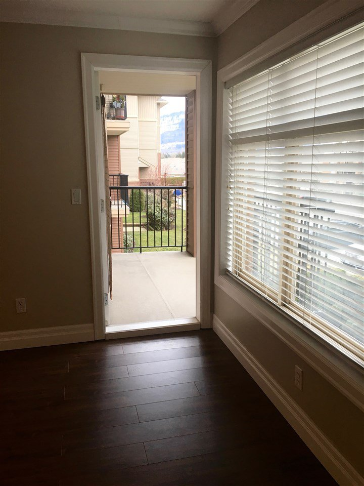 """Photo 14: Photos: 220 45769 STEVENSON Road in Sardis: Sardis East Vedder Rd Condo for sale in """"Park Place 1"""" : MLS®# R2348793"""