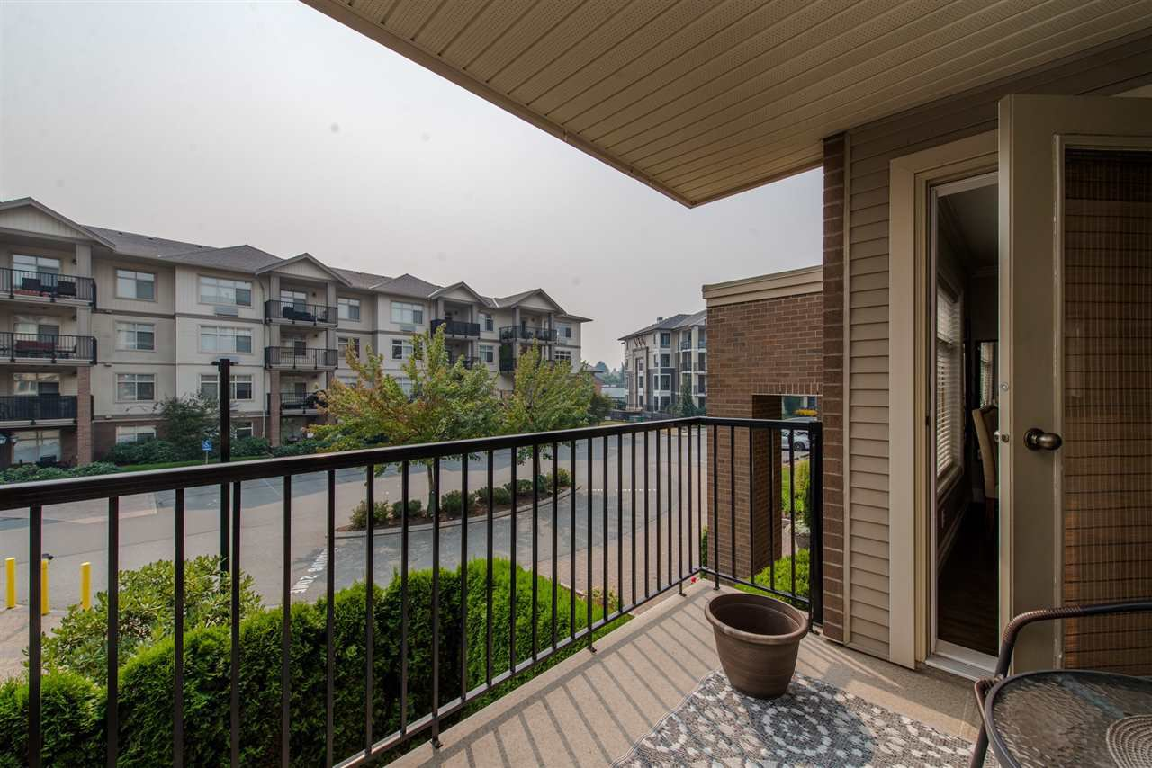 """Photo 19: Photos: 220 45769 STEVENSON Road in Sardis: Sardis East Vedder Rd Condo for sale in """"Park Place 1"""" : MLS®# R2348793"""