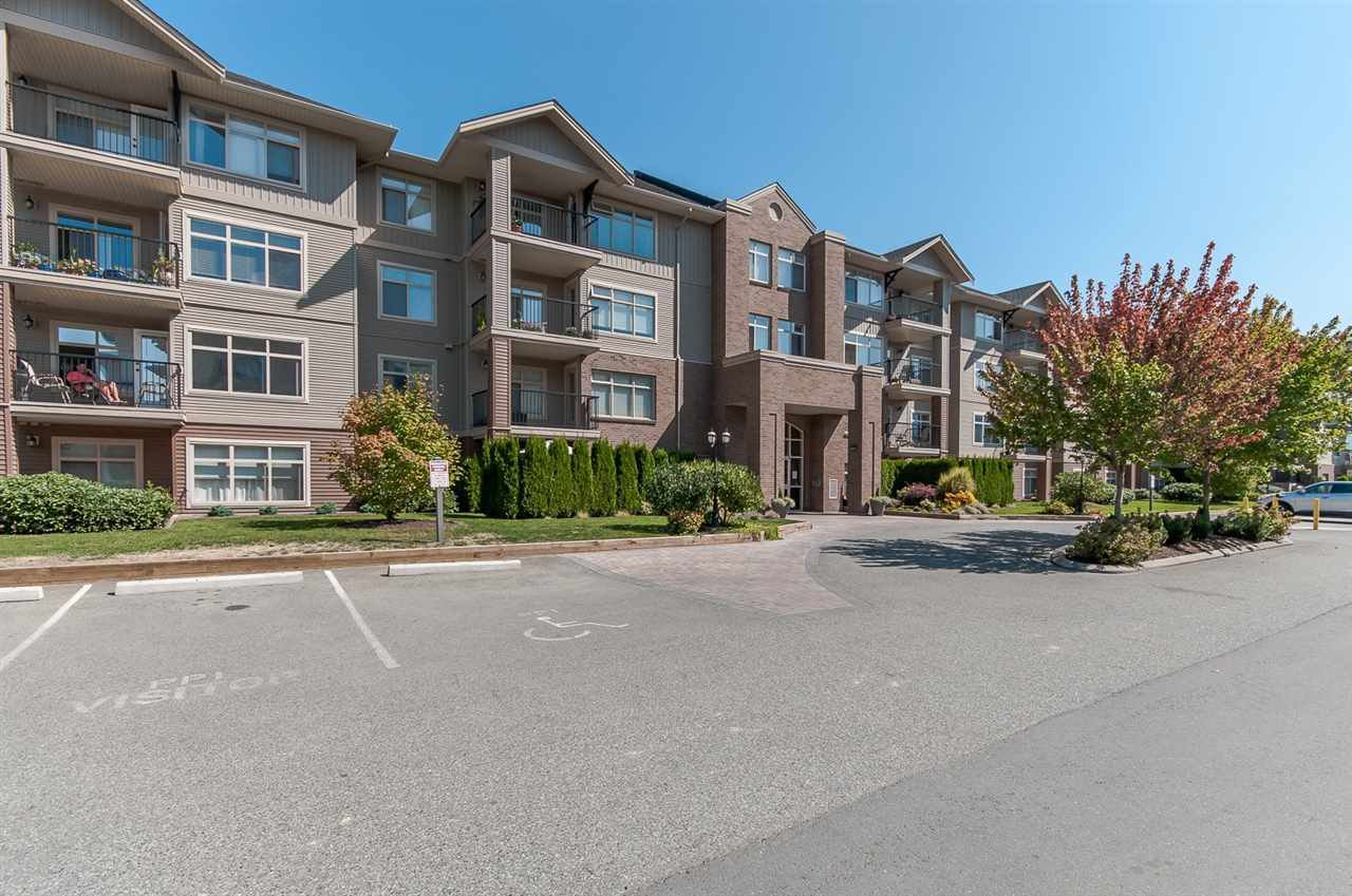 """Photo 20: Photos: 220 45769 STEVENSON Road in Sardis: Sardis East Vedder Rd Condo for sale in """"Park Place 1"""" : MLS®# R2348793"""