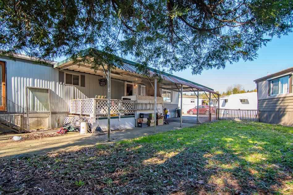 Main Photo: 129 201 CAYER Street in Coquitlam: Maillardville Manufactured Home for sale : MLS®# R2350549