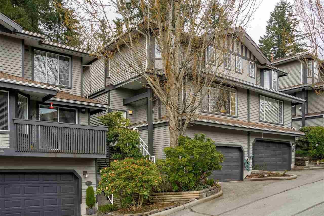 "Main Photo: 132 2998 ROBSON Drive in Coquitlam: Westwood Plateau Townhouse for sale in ""FOXRUN"" : MLS®# R2360529"