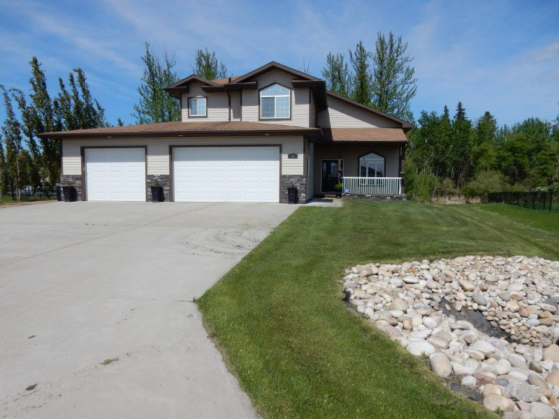 Main Photo: 24 Landing Trails Drive: Gibbons House for sale : MLS®# E4189669