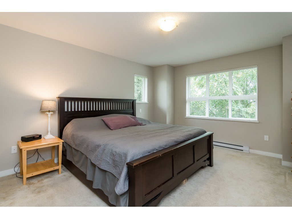 "Photo 12: Photos: 22 7938 209 Street in Langley: Willoughby Heights Townhouse for sale in ""RED MAPLE PARK"" : MLS®# R2466681"