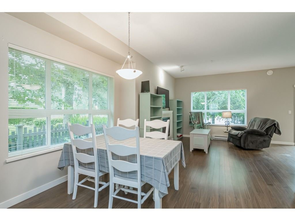 "Photo 10: Photos: 22 7938 209 Street in Langley: Willoughby Heights Townhouse for sale in ""RED MAPLE PARK"" : MLS®# R2466681"