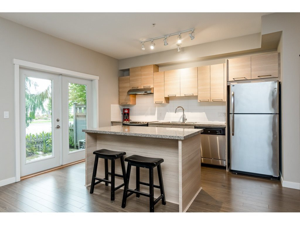"Photo 3: Photos: 22 7938 209 Street in Langley: Willoughby Heights Townhouse for sale in ""RED MAPLE PARK"" : MLS®# R2466681"