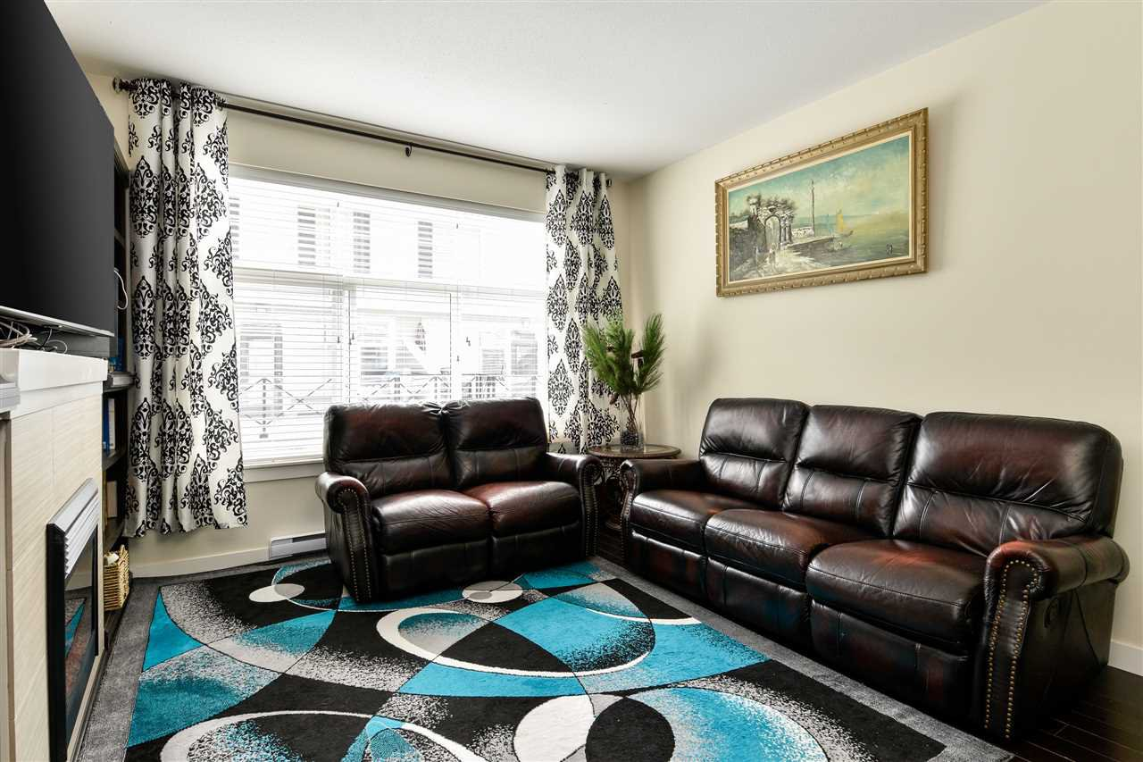 """Photo 6: Photos: 23 14377 60 Avenue in Surrey: Sullivan Station Townhouse for sale in """"Blume"""" : MLS®# R2493767"""