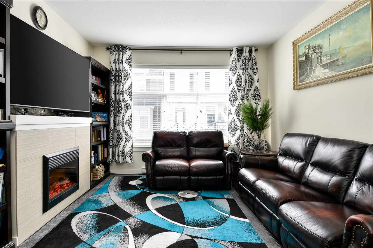 """Photo 5: Photos: 23 14377 60 Avenue in Surrey: Sullivan Station Townhouse for sale in """"Blume"""" : MLS®# R2493767"""