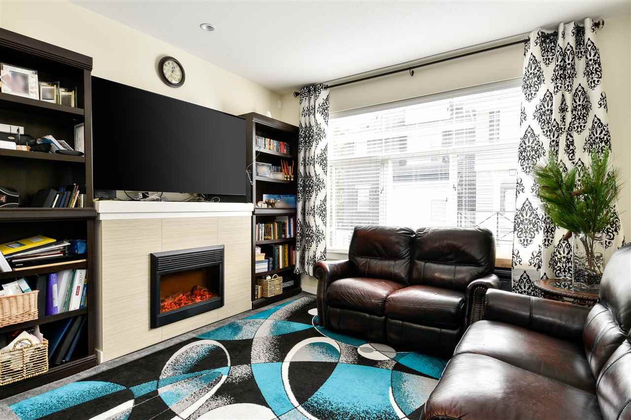 """Photo 4: Photos: 23 14377 60 Avenue in Surrey: Sullivan Station Townhouse for sale in """"Blume"""" : MLS®# R2493767"""