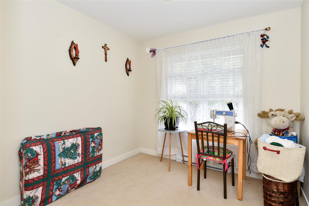 """Photo 15: Photos: 23 14377 60 Avenue in Surrey: Sullivan Station Townhouse for sale in """"Blume"""" : MLS®# R2493767"""