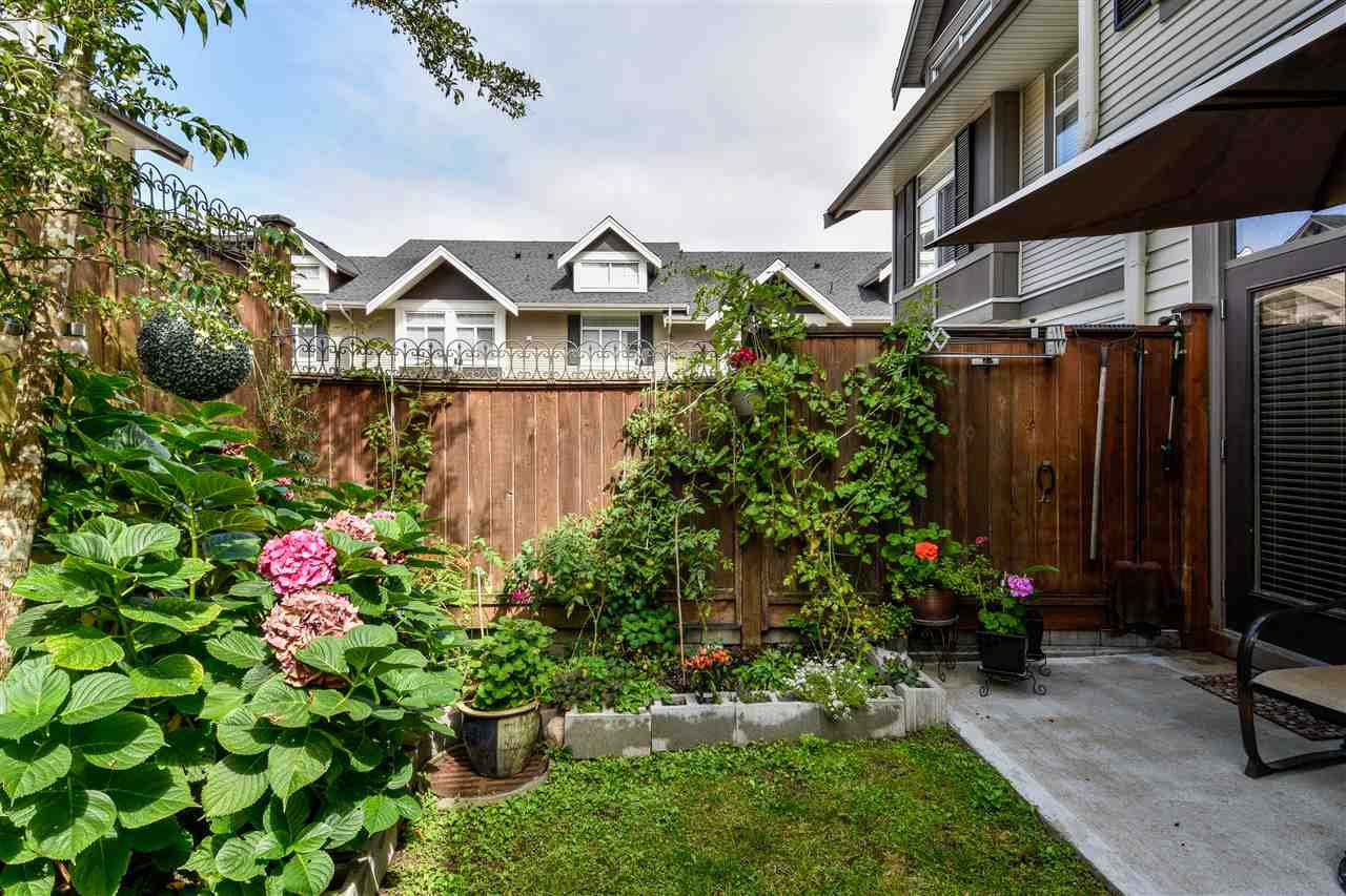 """Photo 19: Photos: 23 14377 60 Avenue in Surrey: Sullivan Station Townhouse for sale in """"Blume"""" : MLS®# R2493767"""