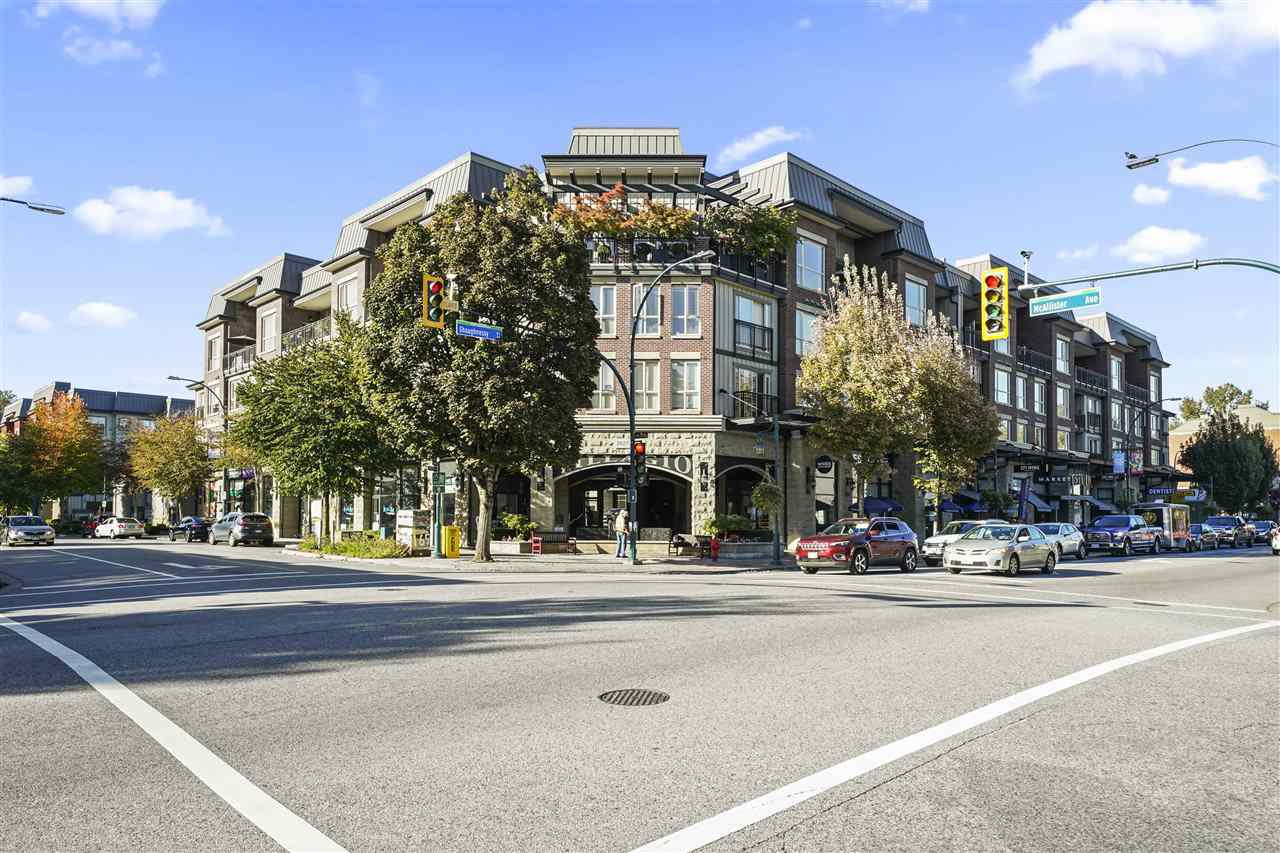 """Main Photo: 316 2627 SHAUGHNESSY Street in Port Coquitlam: Central Pt Coquitlam Condo for sale in """"VILLAGIO"""" : MLS®# R2503759"""