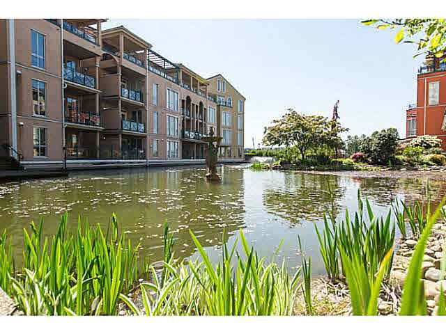 """Photo 16: Photos: 402 2 RENAISSANCE Square in New Westminster: Quay Condo for sale in """"THE LIDO"""" : MLS®# V1121816"""