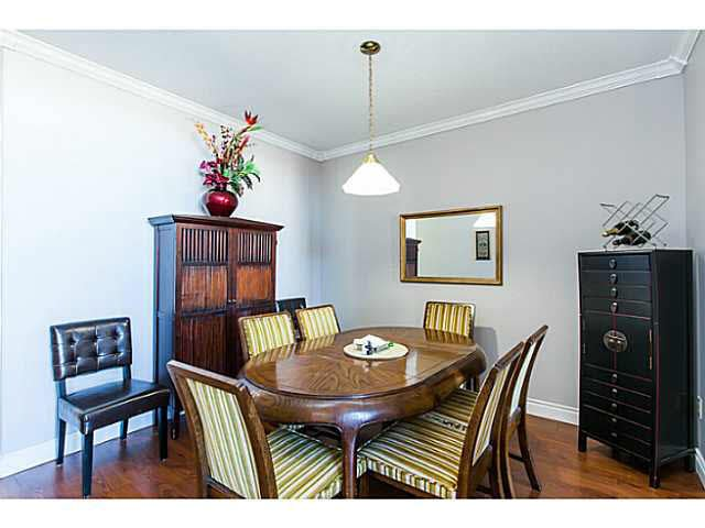 """Photo 8: Photos: 402 2 RENAISSANCE Square in New Westminster: Quay Condo for sale in """"THE LIDO"""" : MLS®# V1121816"""